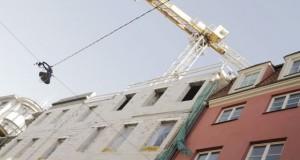 Цены в некоторых новых проектах в микрорайонах Риги могут пойти вниз из-за того, что они уже не подходят иностранцам