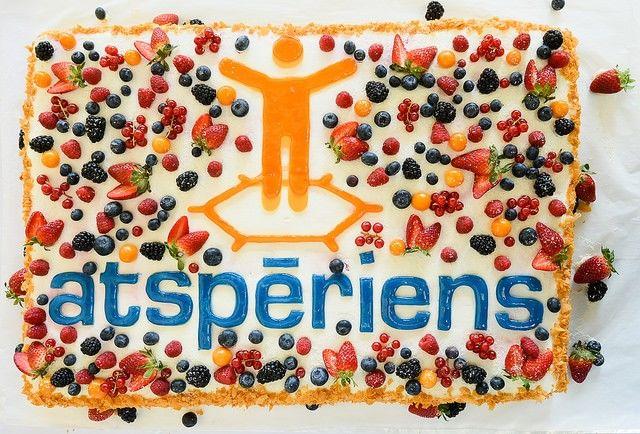 За все время существования конкурса Atspēriens размер выделенного финансирования составил около 900 тыс. евро; деньги получили более 100 молодых компаний в Риге.