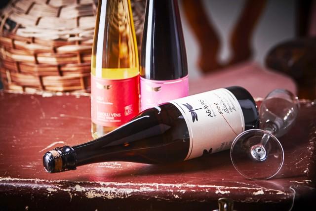 """В начале апреля 2015 года на ежегодной выставке напитков из яблок """"Apfelwein Weltweit"""" сухое яблочное вино и полусухой сидр латвийского предприятия """"Abavas"""" получили высокую оценку."""