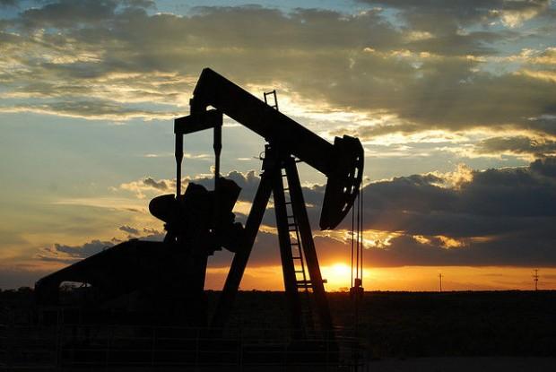 oil_Oil Pump Jack_opt