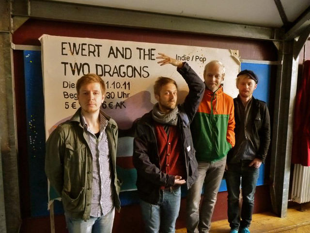 28-4dec-ewert-and-the-two-dragons